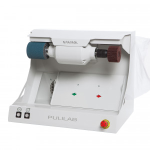 Pulilab grinder with suction