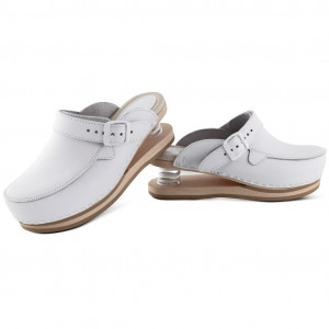 Relax clogs upper closed white
